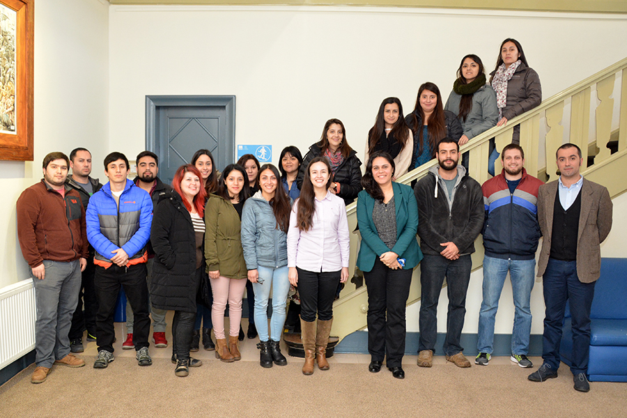 Escuela de Liderazgo realizó una nueva jornada de Encuentro con Expertos junto a estudiantes de Odontología.