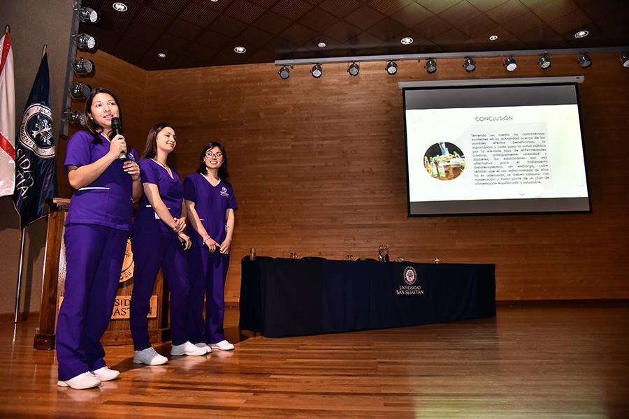 Más de 25 estudiantes de las sedes de Santiago, Concepción, De la Patagonia y Valdivia participaron en la XI Jornada de Estudiantes de Nutrición y Dietética.