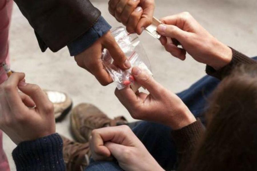 Alcohol y drogas, otro problema que afecta a los niños en situación de calle
