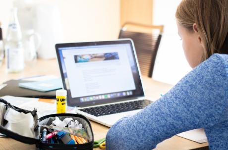 ¿Por qué es importante tener la cámara encendida en las clases virtuales?
