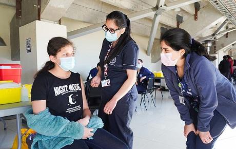 Estudiantes USS apoyan campaña de vacunación infantil contra el Covid-19