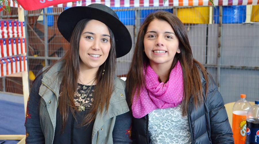 Gastronom a criolla y bailes folcl ricos marcaron festejos for Karina paredes pacheco
