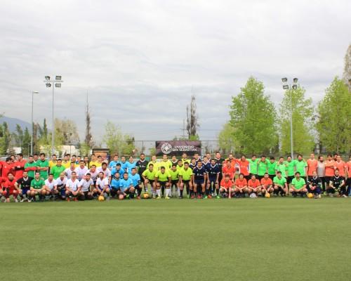 Con gran asistencia se jugó el 4° Torneo de Futbolito de Egresados Sede Santiago