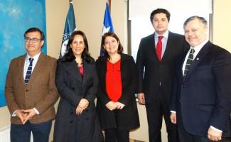 Asistentes a la firma de convenio con Consejo Regional del Colegio de Abogados de Concepción.