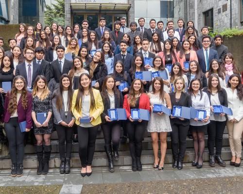 Los beneficiados con la Beca Excelencia Académica 2016.