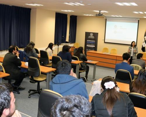 La reunión de la Sociedad de Egresados contó con numerosa participación.