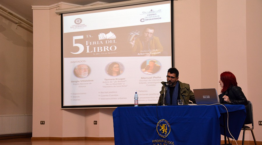 Alberto_Fuguet_Feria_Libro_USS_Valdivia_Windsor