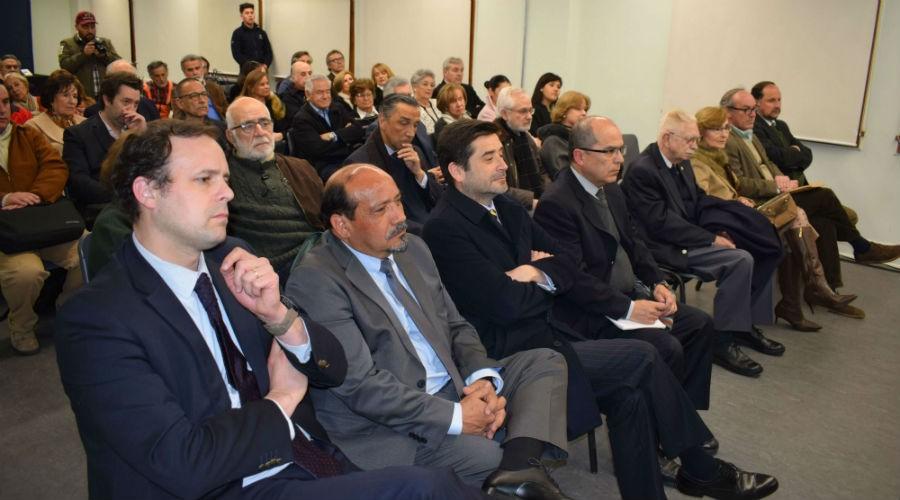 Libro sobre Fernando Moreno Valencia fue presentado en la U. San Sebastián