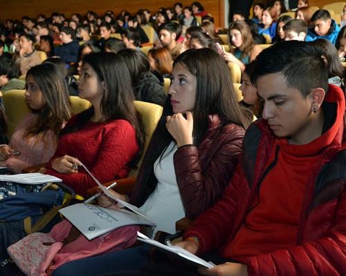 El Programa de Nivelación Inicial se realiza en las asignaturas de Química, Biología, Cálculo y Lectura – Escritura Académicas y en Estrategias de Estudio y Aprendizaje.