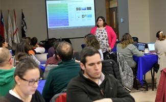 Académicos se entrenan en metodología pionera de aprendizaje