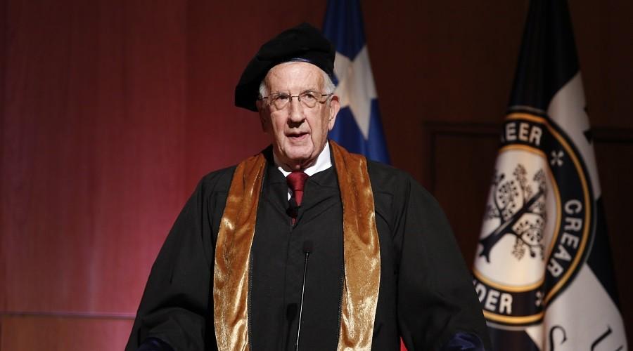 Dr. Pablo Casanegra fue distinguido con el grado de Doctor Honoris Causa de la USS.