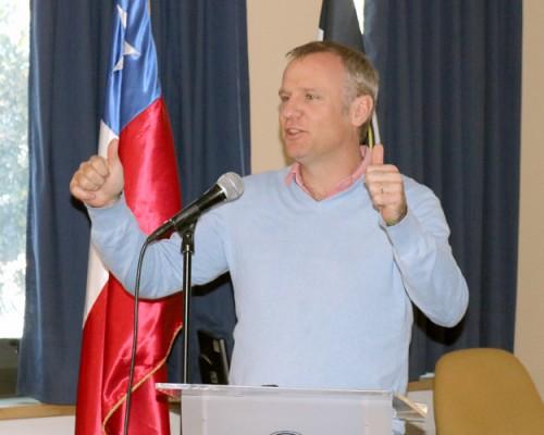 Escuela de Liderazgo de la USS Concepción invitó a charla realizada por el senador Felipe Kast.