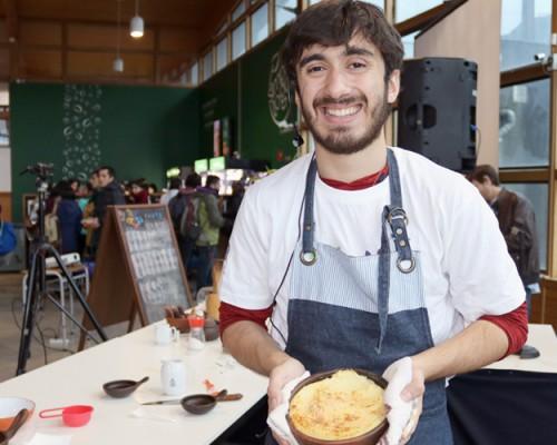 Estudiante USS y ex competidor de MasterChef Chile cocinó para sus compañeros