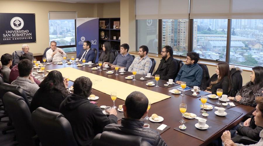 Estudiantes dialogaron con intendente regional de Biobío