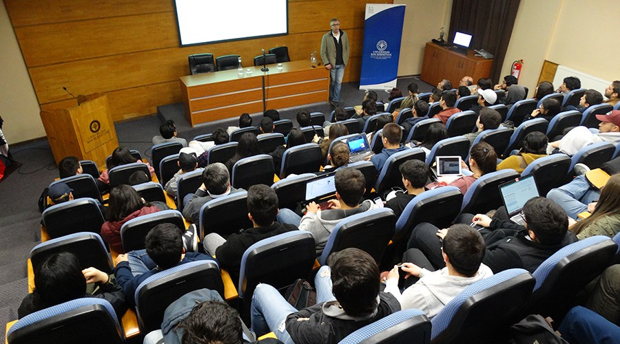 Innovación y Emprendimiento fueron el centro de ciclo de conferencias en la USS