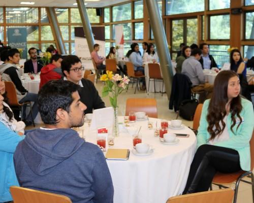 La actividad de desarrolló en el Salón Los Queules del Campus Las Tres Pascualas.