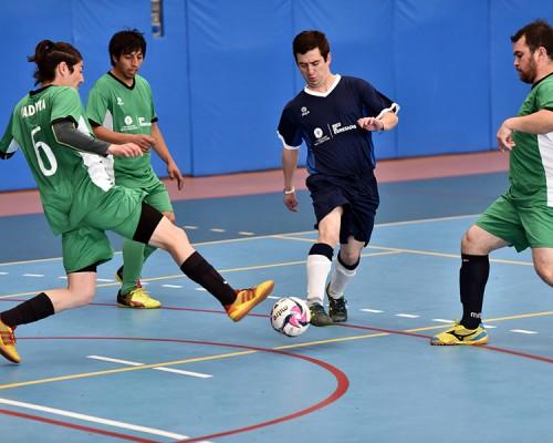 Cuatro equipos participaron del Campeonato de Futbolito de la Red de Egresados USS Valdivia.