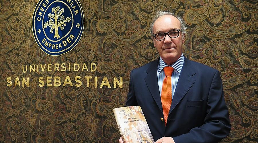 Gonzalo Larios y su libro