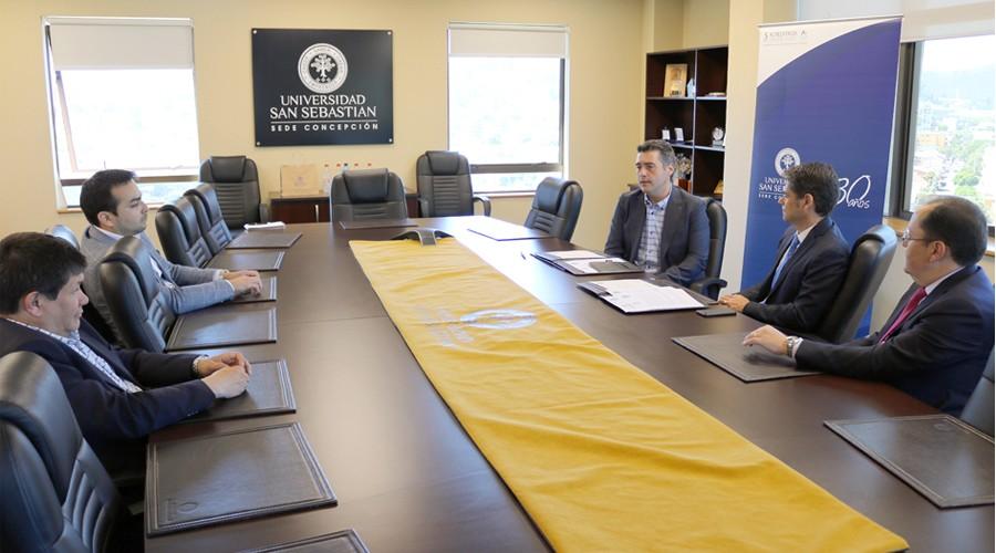 USS firmó convenio con Working Place en beneficio de estudiantes