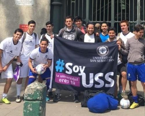 Sebastianos realizaron partido amistoso con reos de la Penitenciaría de Santiago