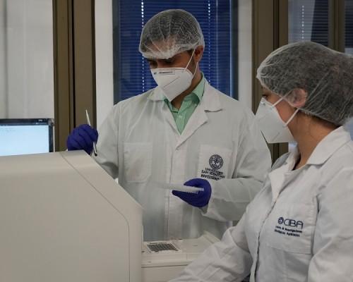 Más de mil muestras por Covid-19 ha analizado laboratorio USS