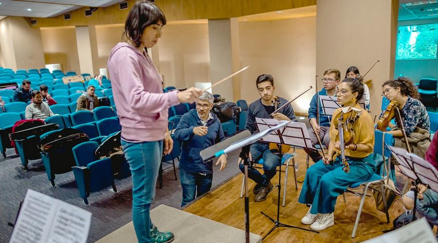 Maestro-Rodolfo-Fischer-inicio-curso-de-Direccion-Orquestal-en-USS-Concepcion-4