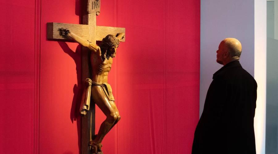 Alma de Madera: tallados y figuras míticas adornan la USS