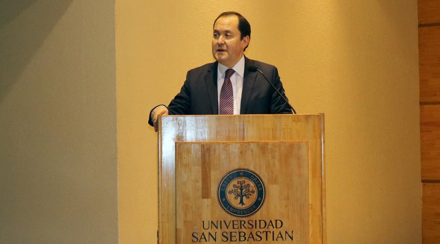 Presentacion-libro-ex-ministro-Maximo-Pacheco-USS-Concepcion 2