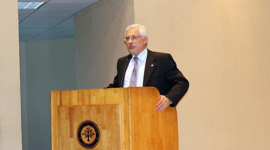 Presentacion-libro-ex-ministro-Maximo-Pacheco-USS-Concepcion 4