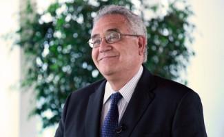 Rector Hugo Lavados