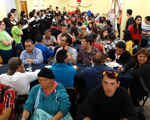 USS Concepción realizó cena navideña para 70 beneficiarios del Albergue Móvil