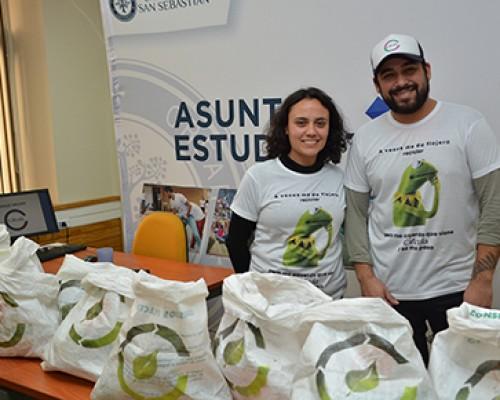USS Valdivia promueve el reciclaje entre sus estudiantes
