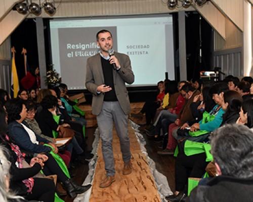 Café Fracaso enseña sobre emprendimiento a mujeres de Panguipulli