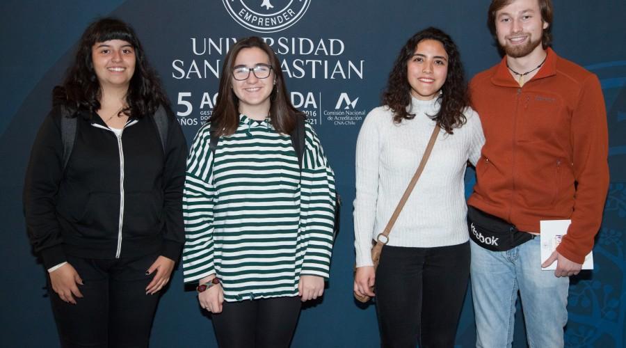 Valeria Nuñez, Reina Astete, María Teresa Retamal, Sebastián Rojas. (2)