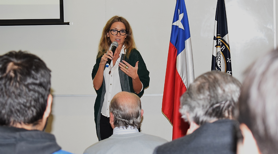 USS analiza fundamentos de La Colonia y su impacto en el Chile de hoy