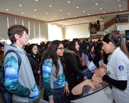 Estudiantes de diversos establecimientos educacionales de la Región de Los Ríos participaron en Vive USS.