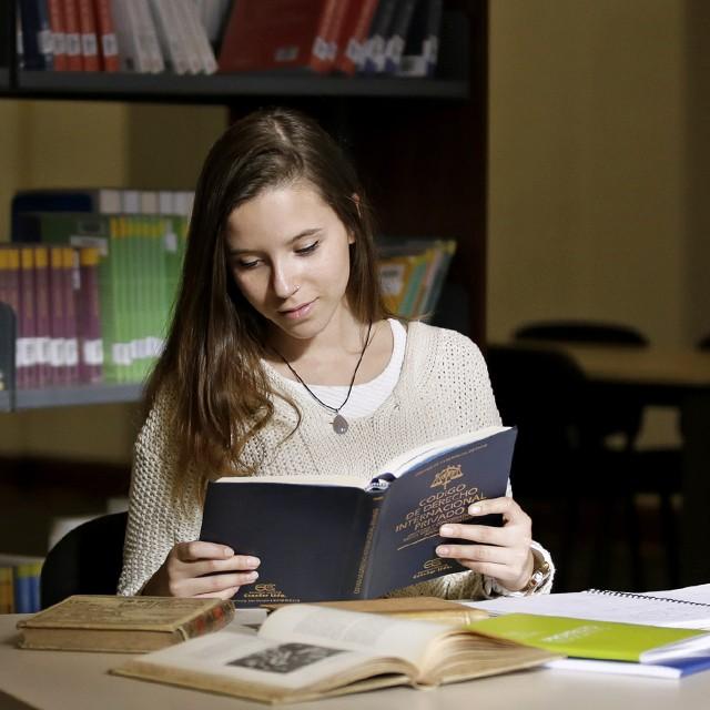Centro de Investigación para la Educación Superior