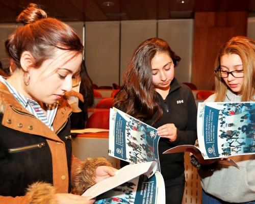 Constanza Barrios, Aline Keim y María Fernanda Becerra, presidentas de Centros de Estudiantes de la USS sede Santiago.