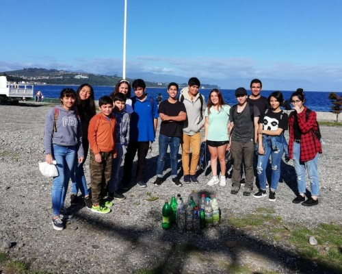 Limpieza en la costanera de Puerto Montt recolectó 10 mil colillas de cigarros