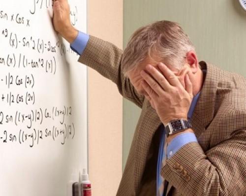profesor-agobiado