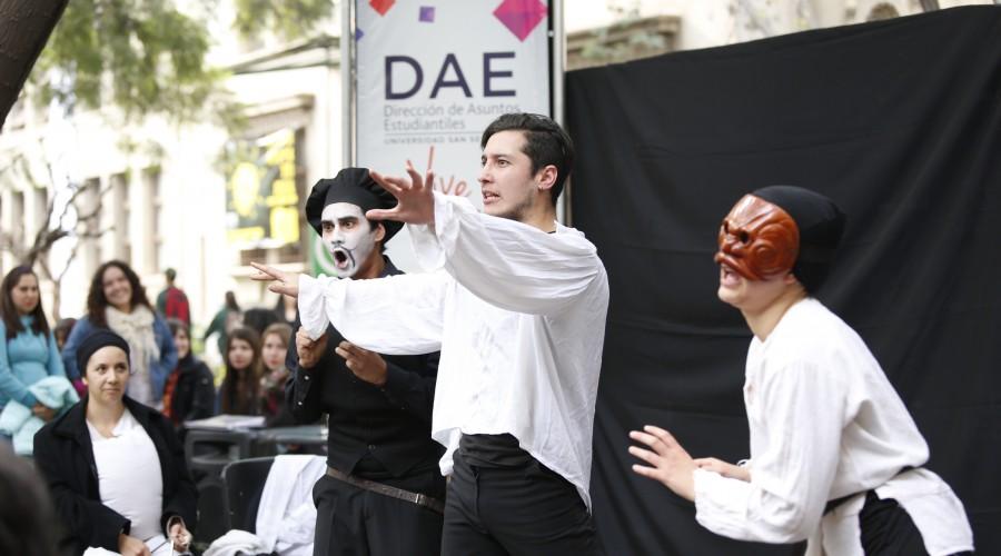 teatro-serenata-interrumpida-010