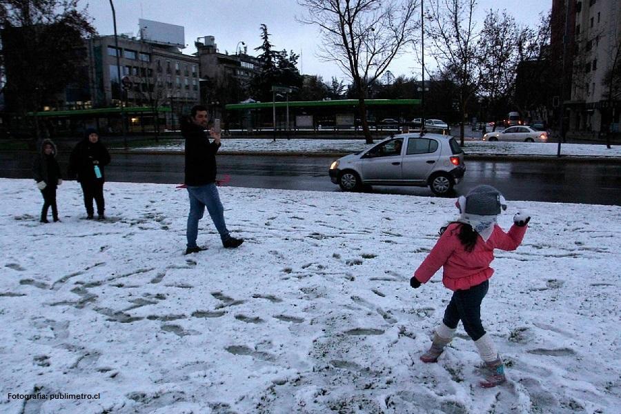 nieve-plaza-baquedano