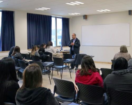 Palabras de Osvaldo Rodríguez, director de la Escuela de Trabajo Social.