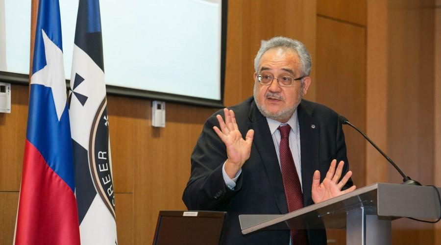 """Seminario """"Libre Competencia y delito de colusión"""" convocó a expertos en la materia"""
