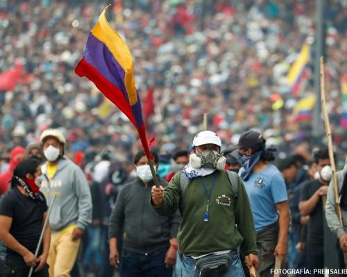 América Latina, crisis, golpes y contradicciones