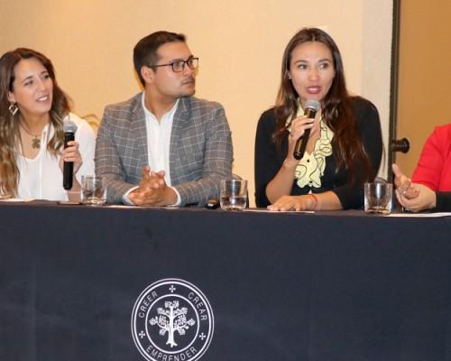 Trabajo Social de la USS Concepción realizó seminario en el Día del Trabajador Social.