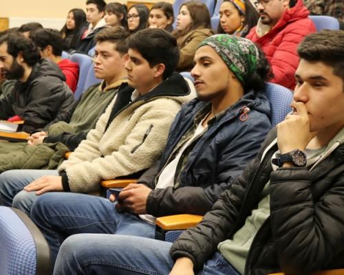 Los estudiantes de Administración Pública han participado de diferentes charlas de extensión este semestre.