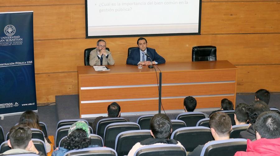Seremi-de-Mineria-del-Biobio-realizo-charla-para-estudiantes-de-Administracion-Publica-de-USS-Concepcion-5