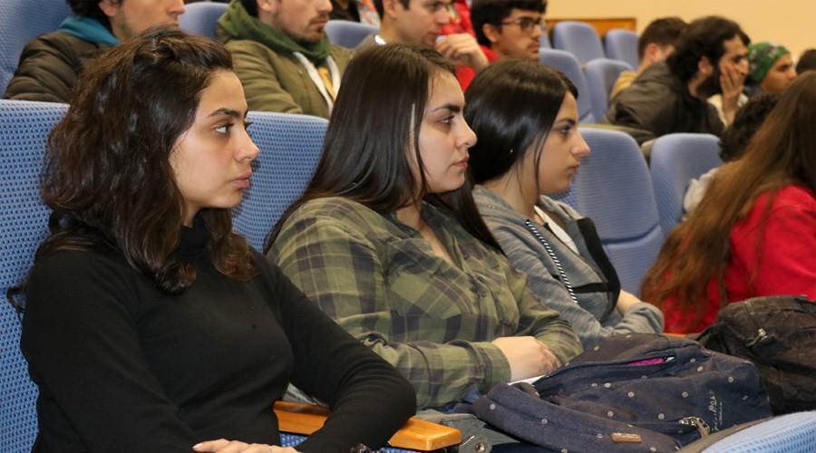 Seremi-de-Mineria-del-Biobio-realizo-charla-para-estudiantes-de-Administracion-Publica-de-USS-Concepcion-6