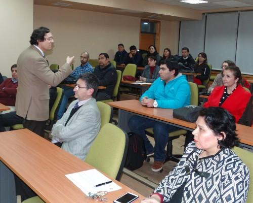 La charla se realizó en dependencias del Edificio Los Notros de Las Tres Pascualas.